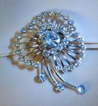 Vintage 1950s Rhinestone PIN Large Cloverleaf Heart Center LOVELY - $15.00
