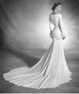 Aterlier Pronovias Barcelona Wedding Gown 'Nuria' Long Sleeve Modern Dre... - $3,465.00