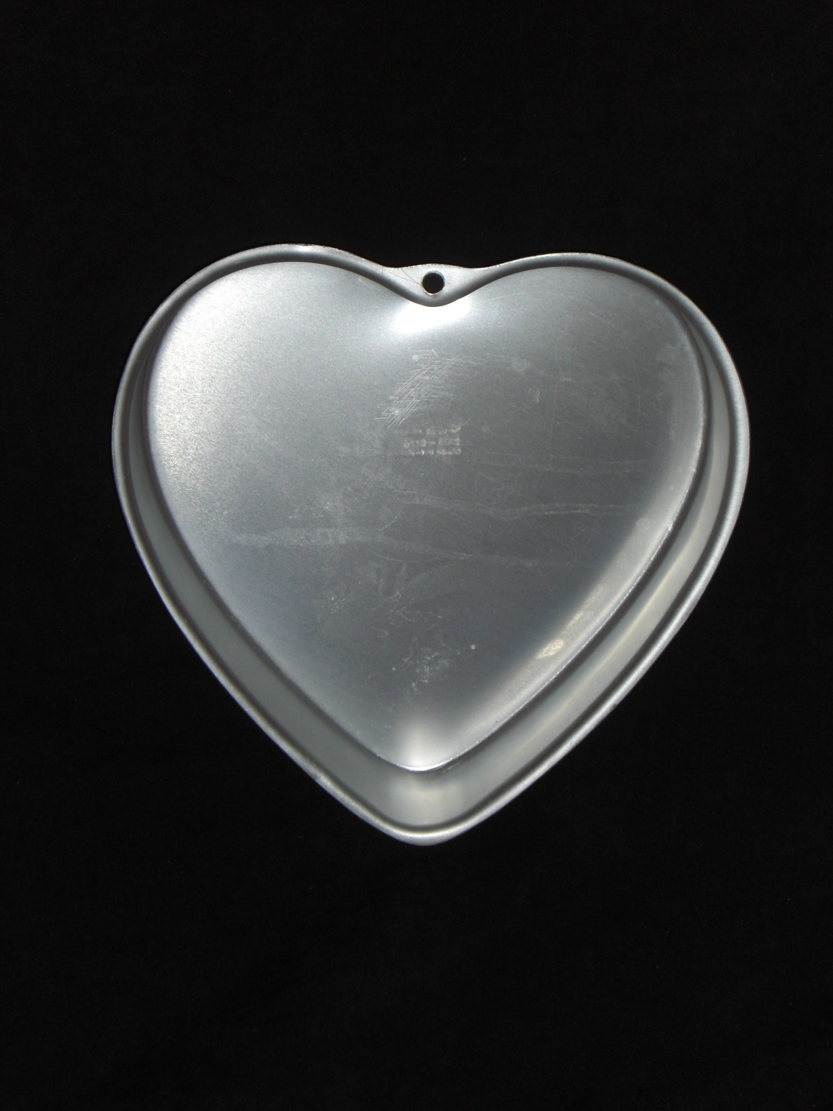 Primary image for Wilton Cake Pan HEART 2105-5176
