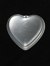 Wilton Cake Pan HEART 2105-5176 - $10.95