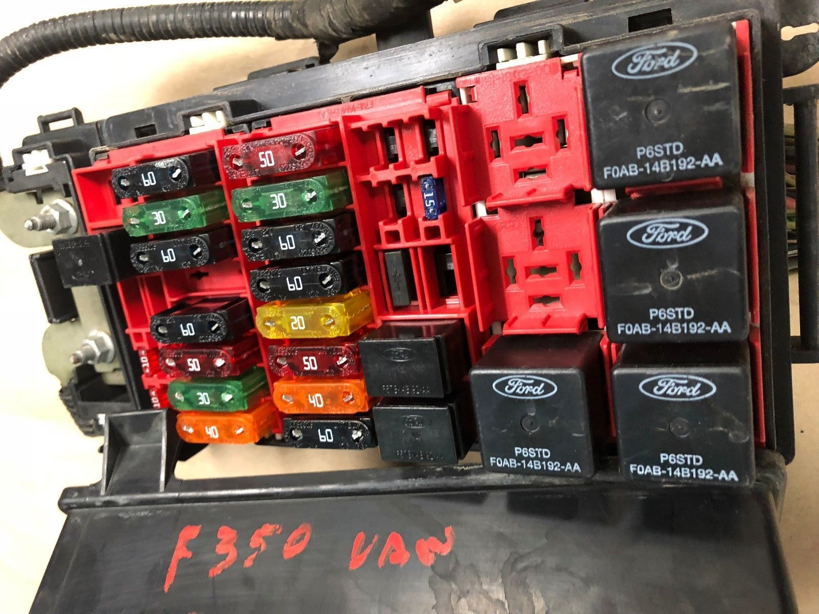 2001 - 2005 Ford Fuse Relay Box Complete Van 5.4L Engine ...