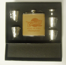 Cleveland Cavaliers NBA Champions Leather Engraved 6 oz Flask w 4 Shot G... - €23,62 EUR