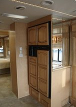 2006 Newmar Mountain Aire 4304 For Sale In Fairport, NY 14450 image 4
