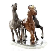 Hagen-Renaker Specialties Ceramic Horse Figurine Wild Mustangs on Base image 3