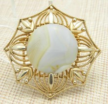 Cream Brown Agate Stone Large Medallion Pin Brooch Vintage - $29.70