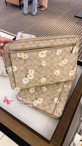 NWT Coach Laptop Sleeve In Signature Canvas With Daisy Print - $147.51