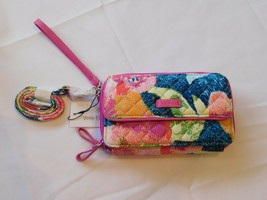 Vera Bradley Iconic RFID All in One Crossbody/Clutch Signature Cotton Su... - $111.48 CAD