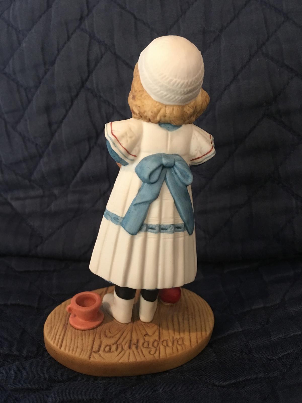 "Jan Hagara ""Annie"" limited edition collectors figurines"
