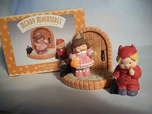 Hallmark Merry Miniatures Bashful Visitors - $4.95