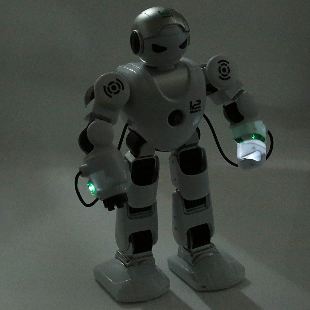 New Intelligent RC Robot Funny Indoor Outdoor Game Toys 2.4G Dancing Battle Mode