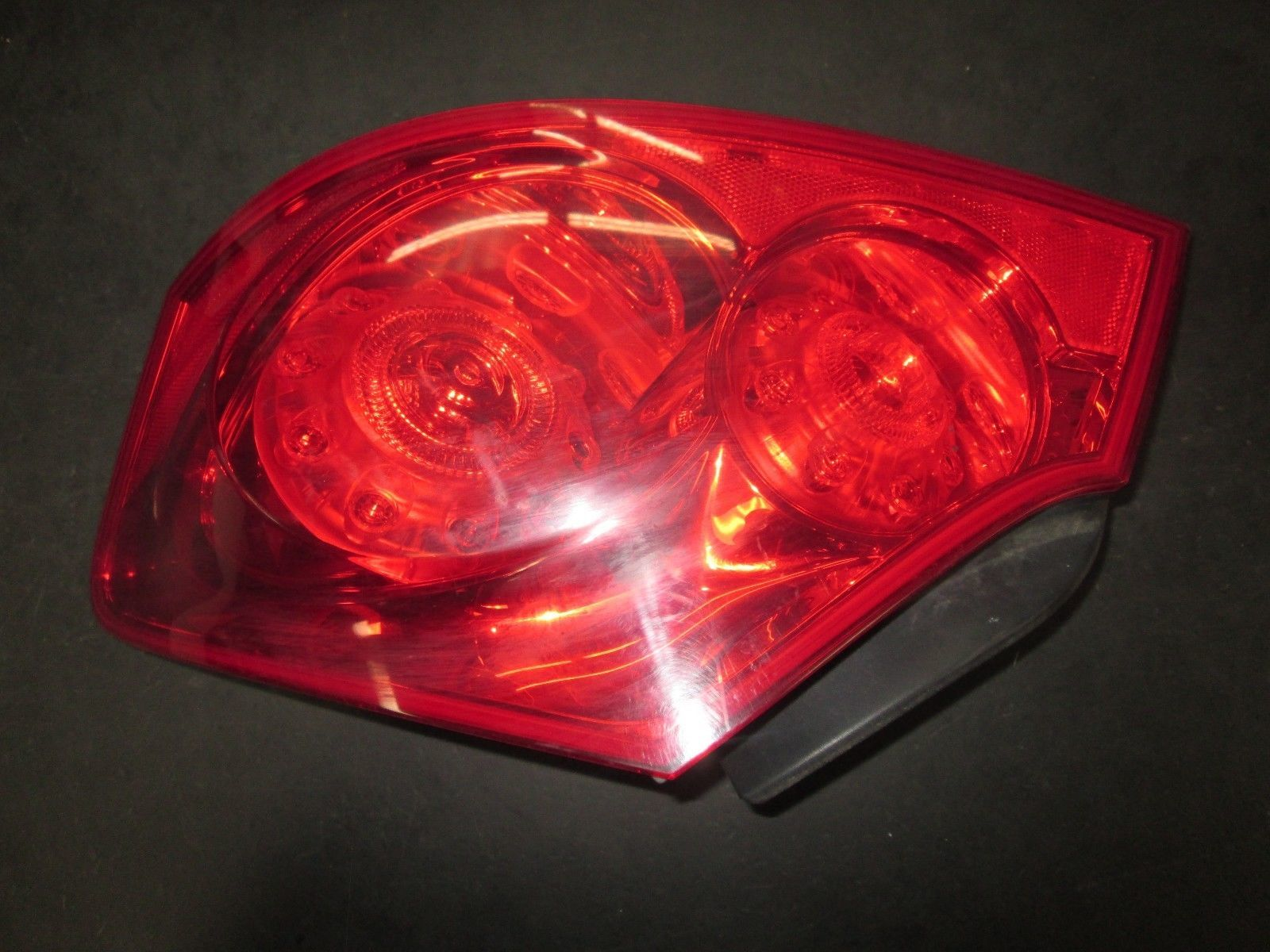 Primary image for 07 08 09 10 11 12 13 INFINITY G25,G35,G37 RIGHT PASSENGER SIDE TAIL LIGHT
