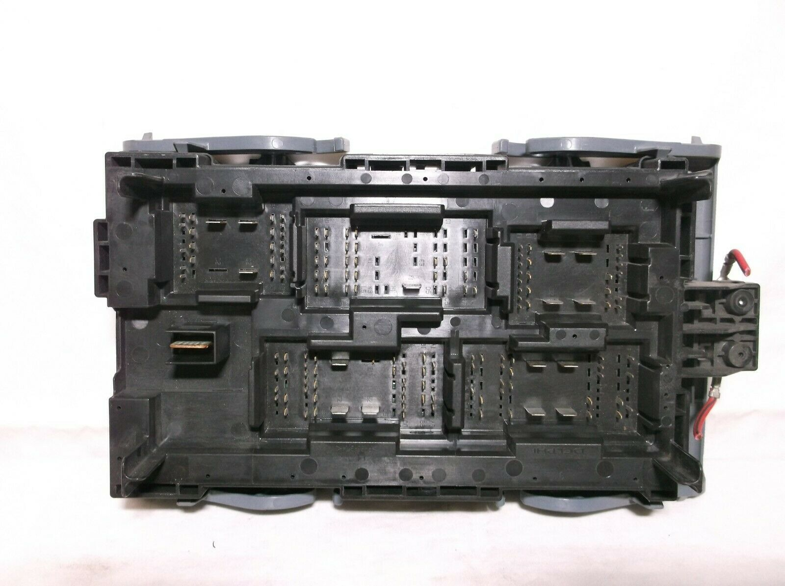 10-11-12-13 Gmc Sierra   Silverado   4 3l  U0026 6 0l   Engine Bay Fuse   Relay   Box