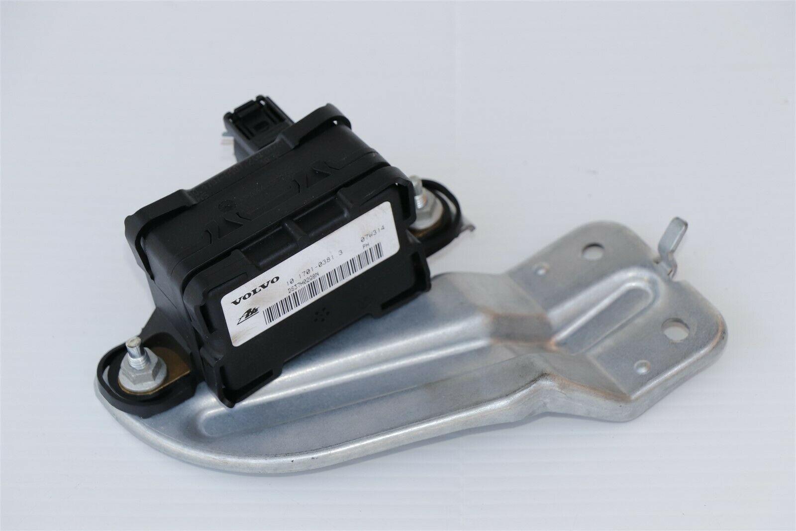 Volvo XC90 XC 90 Yaw Rate Sensor ABS Traction Control Module 30795302