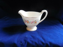 "Homer Laughlin Eggshell Georgian ""Cashmere""  Cream Pitcher - $11.83"