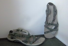 "MERRELL - Women's Black ""Q Form"" Sandals - SIZE 5 - $23.95"