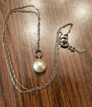 """Vintage Sarah Coventry Gold Tone Faux Pearl Necklace 18"""" - $13.40"""