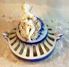 VINTAGE ORNATE BLUE AND WHITE CHERUB ON SPAGHETTI CLOUD  POTPOURRI URN image 3