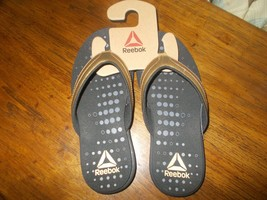 Reebok Women's Sandals Size 6  gold strap soft comfortable BRAND NEW - $24.75