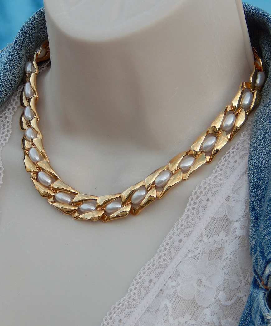 Primary image for NAPIER Necklace Gold Flat Chain with Faux Pearls, Choker Necklace, Vintage