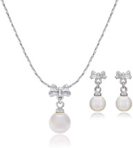 LAURA and ALEXANDER Sweet sixteen Bow and Simulated Pearl Necklace and E... - $55.21