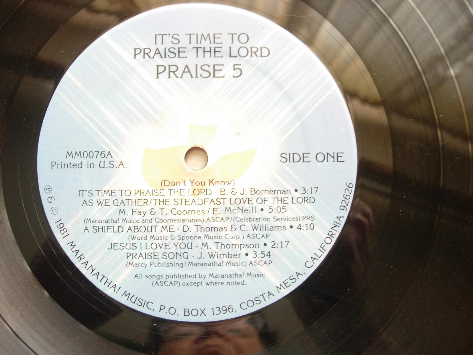 The Gift of Praise 2 LP Boxed Set PLUS Praise 5 - Maranatha Music MM0046A