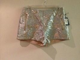 Women's Forever 21 Metallic Brocade Pattern Shorts Size 27 - $19.95