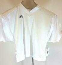 Boys Champion Jersey Size Medium White - $5.42