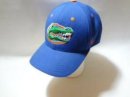 New University Of Florida UF Zephyr Fitted Cap Hat 7 1/2 Z brand College  image 2