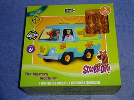 Scooby-Doo The Mystery Machine Van Revell Snap Tite Model w/ 3 Figures - $25.00