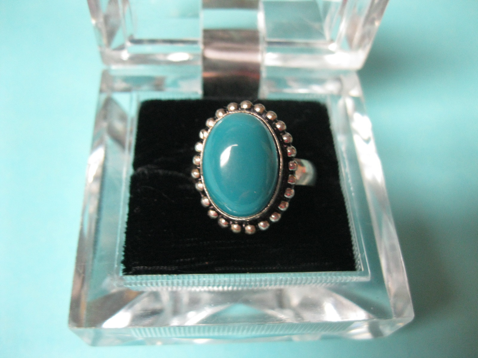Vintage Aqua vintage Art Glass ring about 1 inch knuckle ring size 6.5