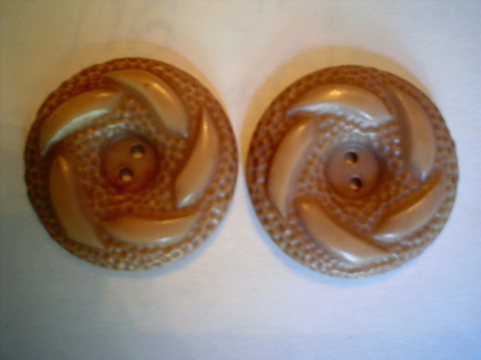 Auction 4869 unk 2 taupe swirly 1 1 4th buttons 1960s front