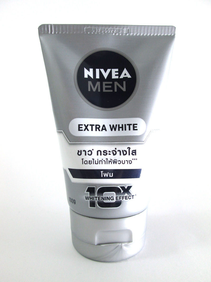 NIVEA For Men Extra Whitening Pore Minimize Normal-Oily Skin Facial Foam 100g