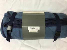 """Threshold Target Picnic Blanket 70"""" x 70"""" Blue - $408,19 MXN"""