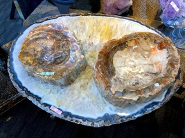 AGATE CRYSTAL TABLE HOME DECOR MINERAL DISPLAY PIRATE GOLD COINS EARTH T... - $11,950.00