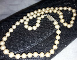 Vintage JAPAN faux pearl single strand necklace cream fish hook short/ch... - $10.99