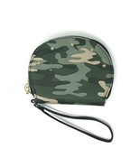 No Boundaries Ladies Wristlet Lyla Green Camo Stars on One Side NEW - £9.07 GBP