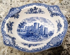 Johnson Brothers Old Britain Castles Blue Vegetable Bowl - $41.99