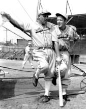 JOE MEDWICK & RAY BLADES 8X10 PHOTO ST LOUIS CARDINALS BASEBALL PICTURE MLB - $3.95