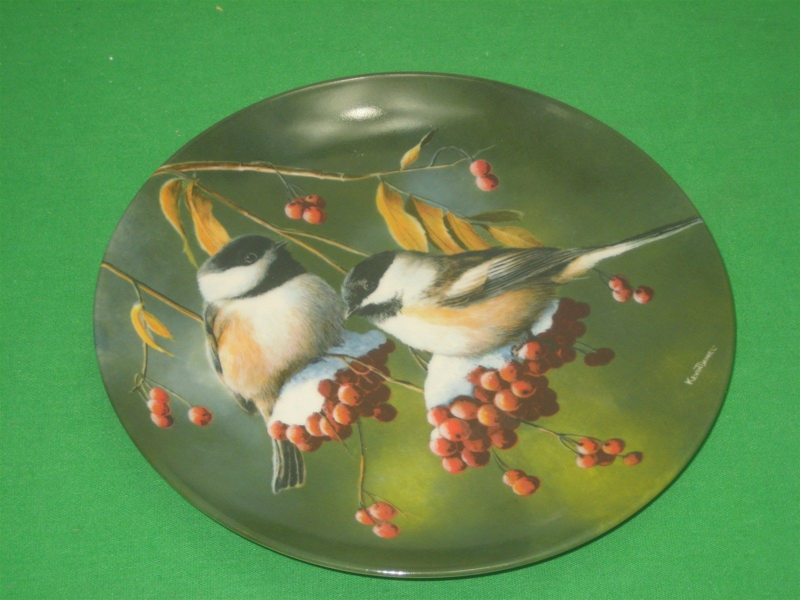 The Chickadee Collector Plate Signed 1986 Knowles Kevin Daniel Plate No 2763H