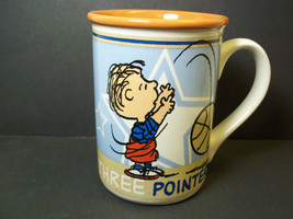 Peanuts coffee mug LINUS 3 pointer! basketball Gibson 10 oz - $9.05