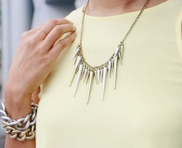 Classy Acrylic Dangle Spikes Tassel Rivets Statement Party Fashion Necklace
