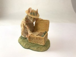 Enesco Brambly Hedge Lady Woodmouse & Picnic Collection Border Fine Arts... - $81.17