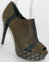 Jessica Simpson olive leather elastic rear zip textured platform heel 9.5M - $32.12