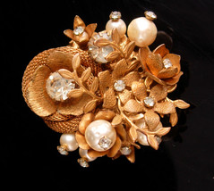Vintage Miriam Haskell Brooch - Baroque glass pearls - double sided neck... - $165.00