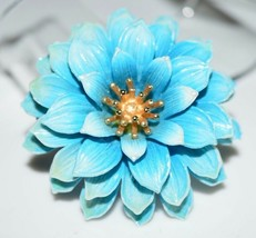 Vtg Crown Trifari Gold Tone Blue Celluloid Flower Brooch Pin (B) - $99.00