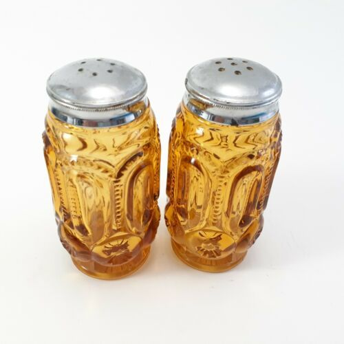 L.E. Smith Moon And Stars Amberina Salt And Pepper Shakers