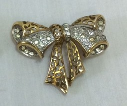 Women Brooch Gold Tone Metal With Rhinestones, ... - $6.95