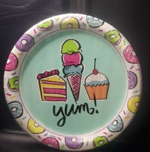 New Unique Yum 8 5/8 In Plates  GB2 - $6.47