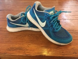 Nike Free Run 2017 Glacier Blue Youth 5.5 Running Shoes EUC ^^^ - $24.70