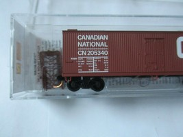 Micro-Trains # 04700160 Canadian National 40' Double-Sheathed Wood Reefer (N) image 2